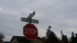 Jackson and Stadium stop sign